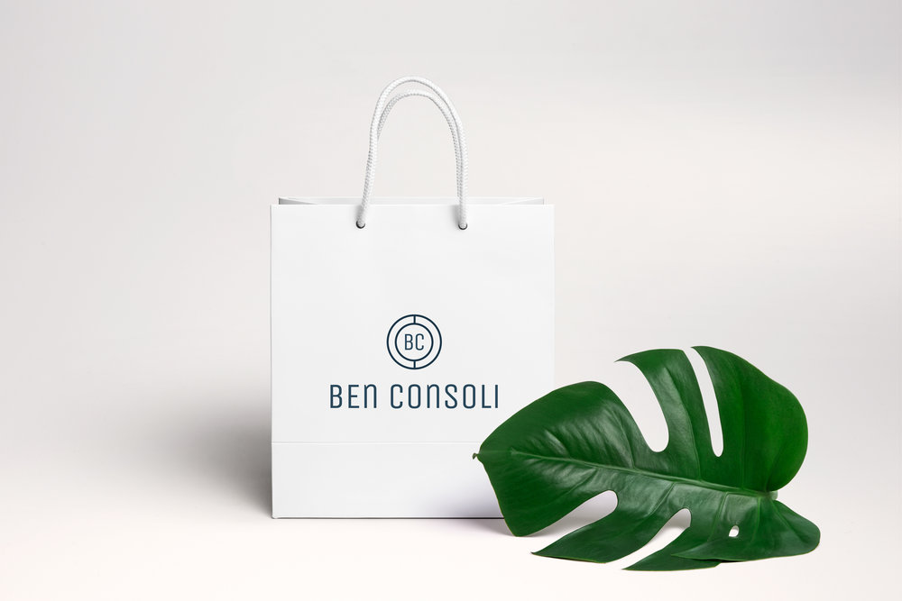 Shopping bag design with logo