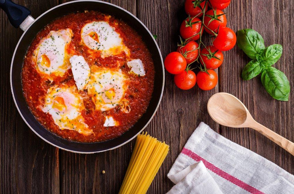 basil-cook-cooking-691114.jpg