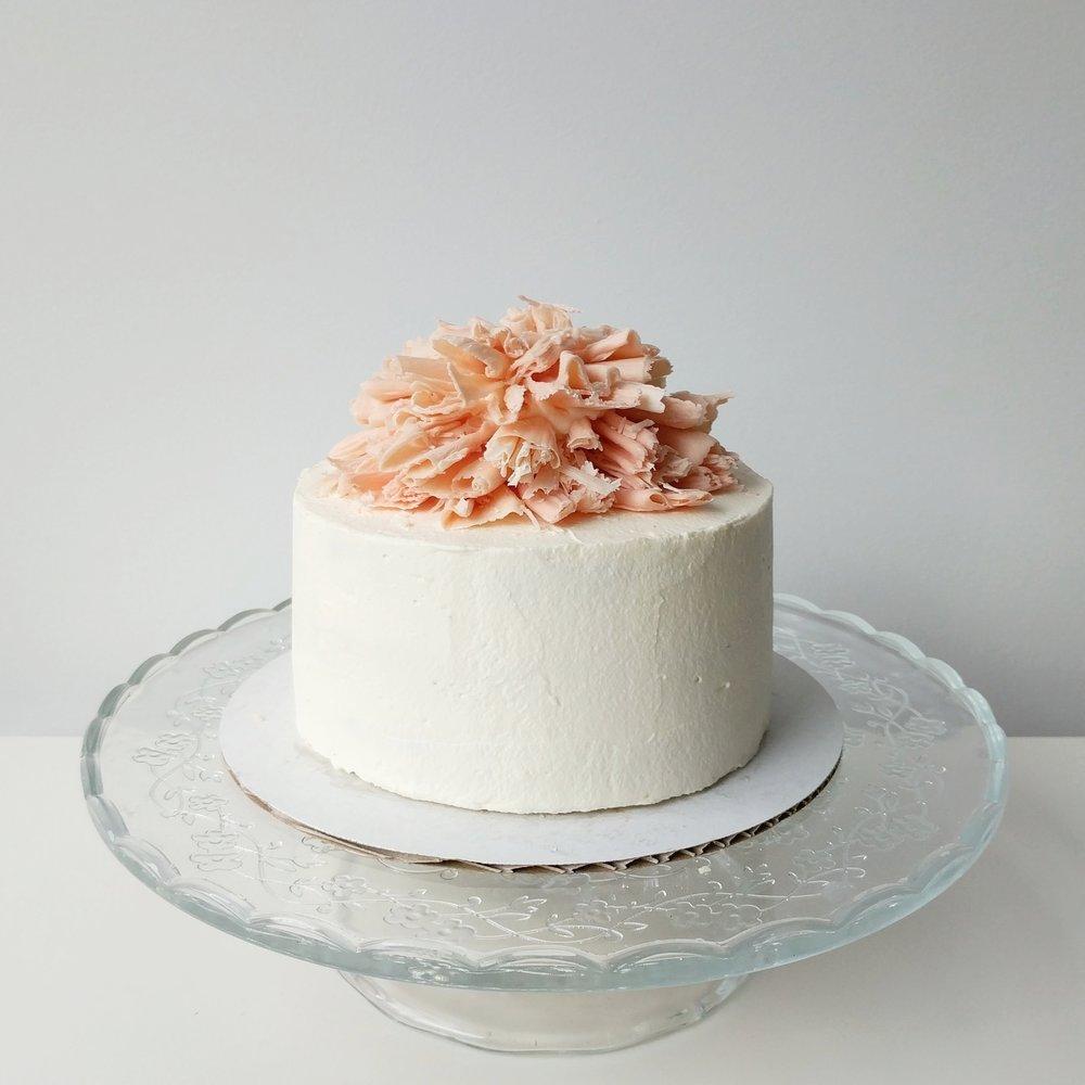 "Displayed image of a 6"" cake."