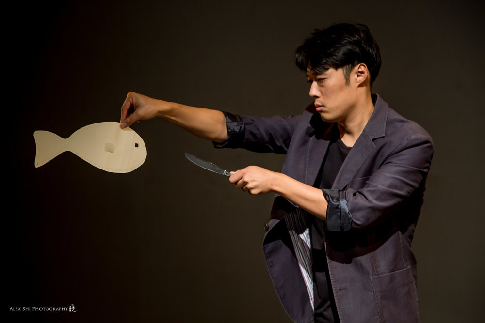 Mr. Hyung Seok  MFA in Theater  戏剧,导演,编剧,肢体剧场,电影,物件剧场