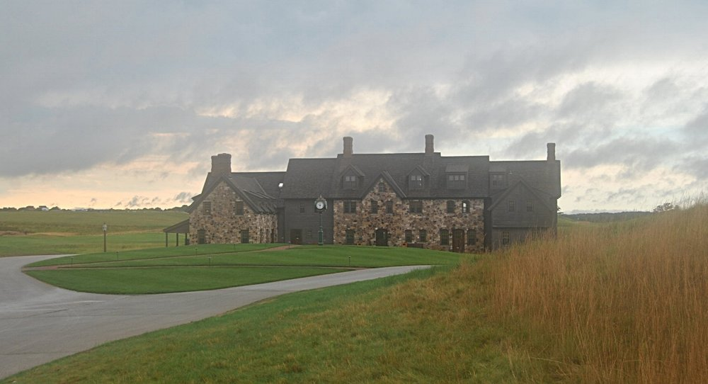 Erin Hills Club House under ominous weather conditions