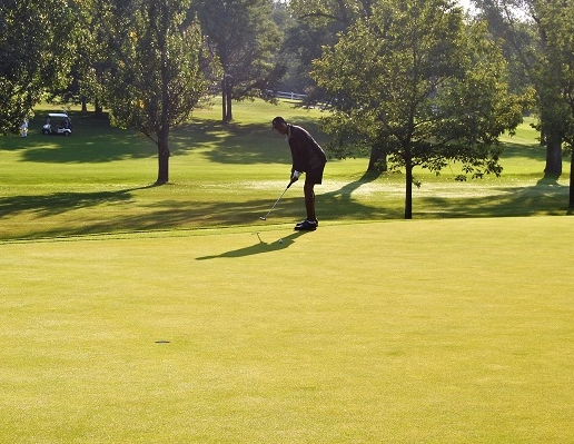 Putting for birdie....
