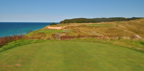 The twelfth hole along the shore of Lake Michigan