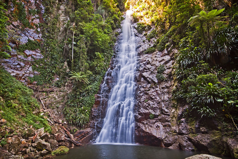 Queensland-national-parks-waterfall-by-Ryan-Pockran