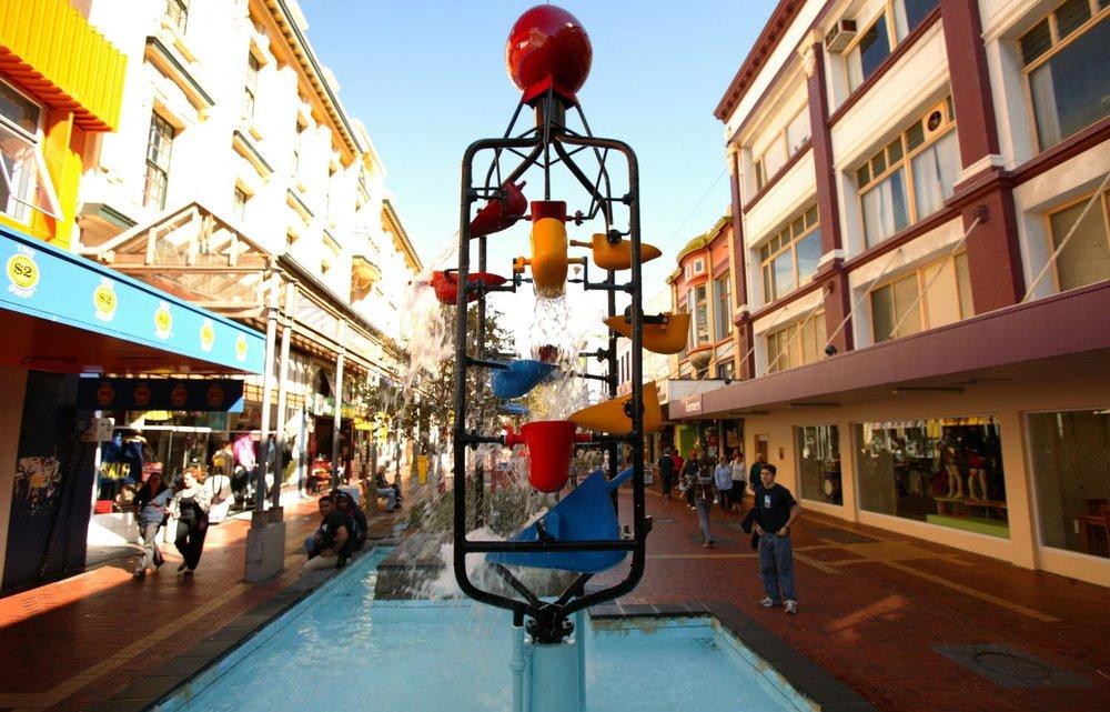 Cuba Street- 2 minutes' walk