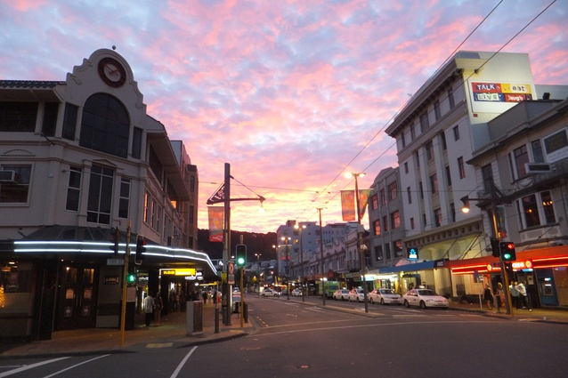 Courtenay Place- 2 minutes' walk