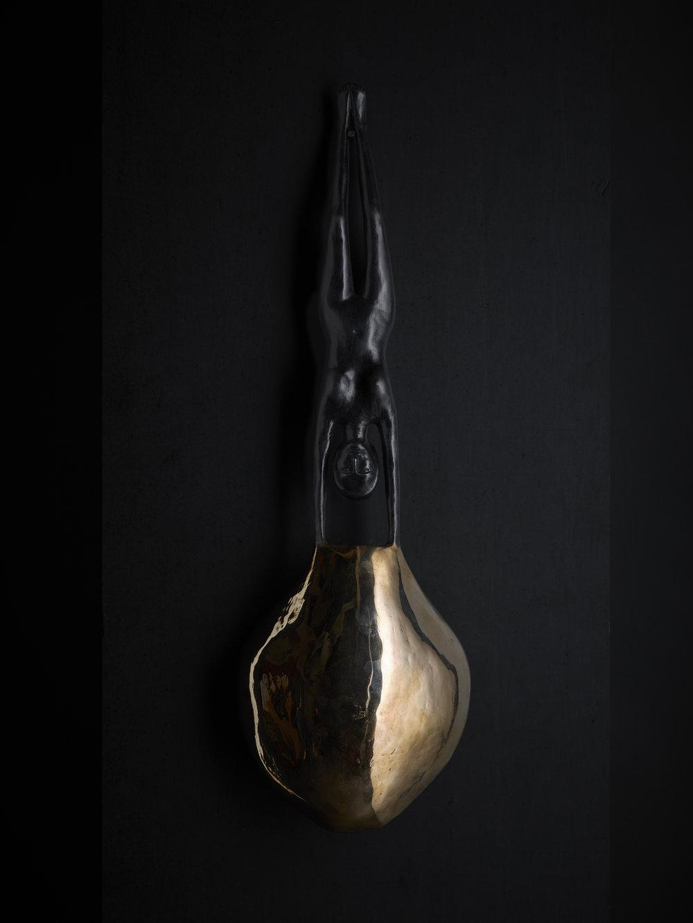 Luna  2017  patinated bronze  58 x 18 x 8 cm