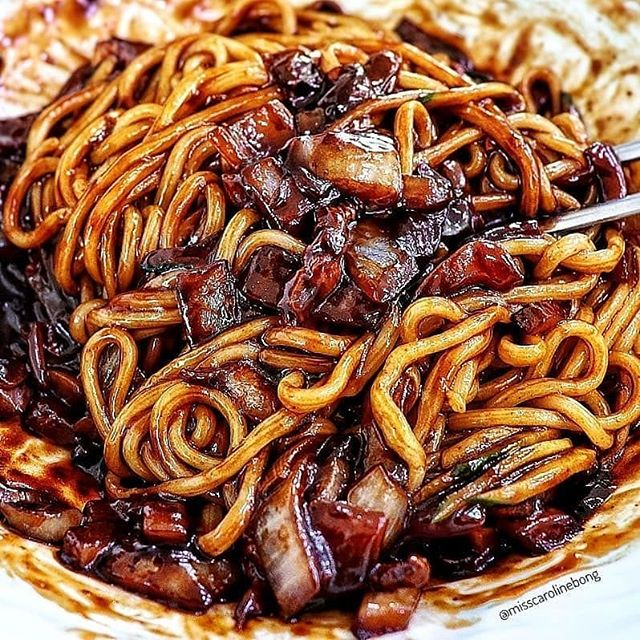 The cravings for noodles this Friday is real. I miss Cali where good noodle dishes can be acquired. 😭🍲 Guess I'll have to make my own. Anyone have good simple recipes? . . . #hangry #werehangrytravelers Regrann from @noodleworship -  Jjajangmyeon 🍜 via @misscarolinebong #noodleworship #food #foodporn #foodiegram #instafood #yummy #instagood #photooftheday #eeeeeats #fresh #tasty #foodie #delish #delicious #eating #foodpic #foodpics #foodphotography #hungry #foodgasm #hot #lovefood #forkyeah #noodles