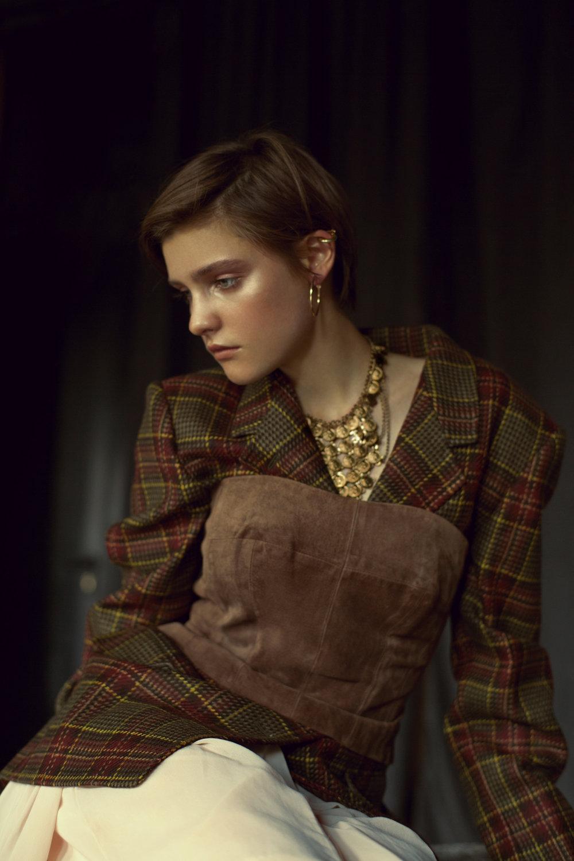 Corset VINTAGE  Blazer MAX MARA  Skirt (STYLIST'S OWN)  Jewelry INDIAN MARKET