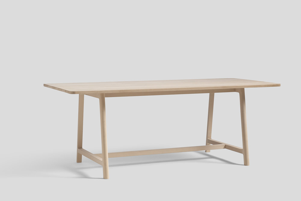 WH Frame Table beech L200.jpg