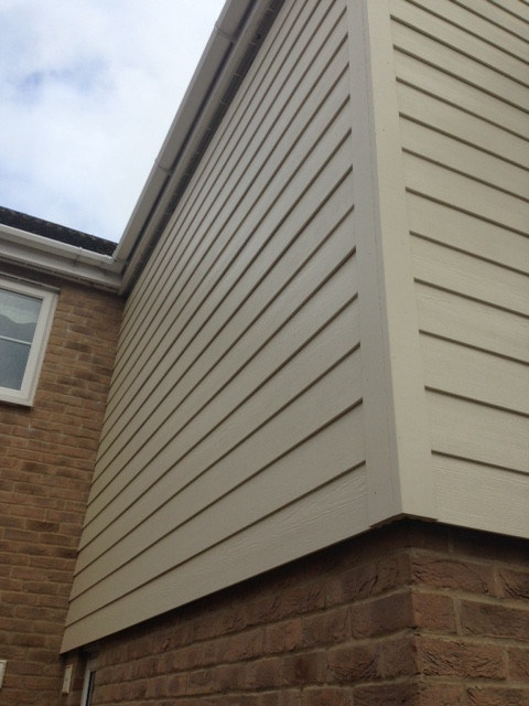 5. Stylish - HardiePlank cladding looks incredible and as previously mentioned can quickly add real striking character and personality to any property. The finish is second to none and not only does it outperform vinyl cladding in terms of fire resistance and maintenance it also looks a lot better too, with the texture and natural finish of timber.