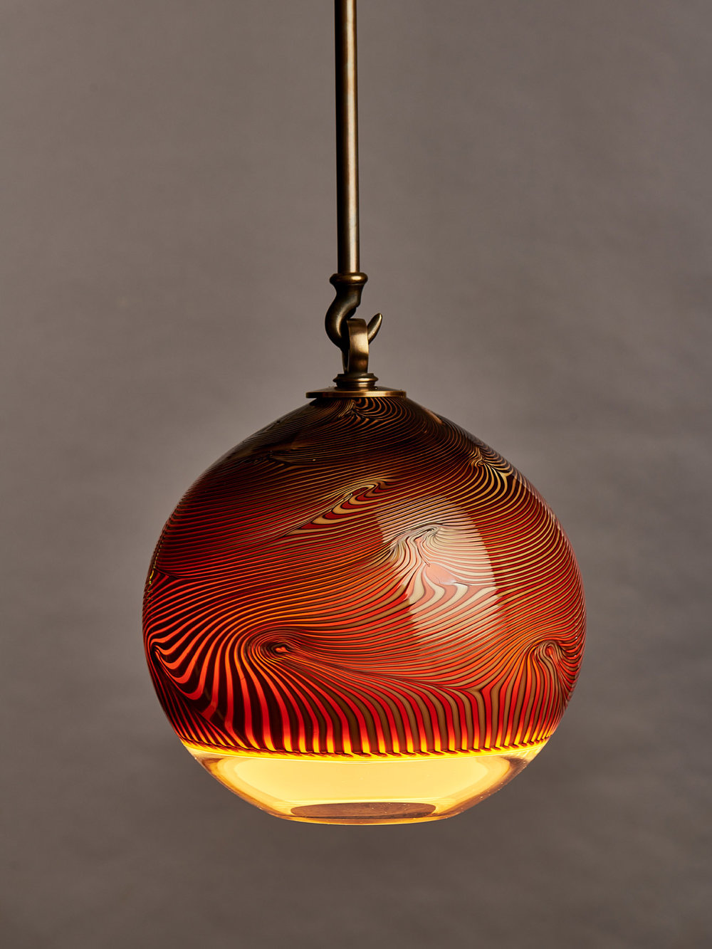 mantis wood grain globe s.jpg