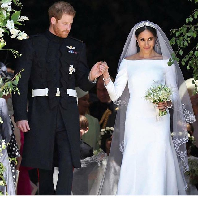 Love everything about her look! #meghanmarkle  I know a lot of people are saying it's not what everyone was expecting but if she had gone a single step towards anything less elegant she would have gotten so much grief. Everyone would've said that bloody #gaudyamerican.. The dress has a timeless silhouette and that #veil was to me #perfection ♥️ .. The only criticism if anything was maybe the fit of the bodice on the dress wasn't perfect but who cares right?! They look so gorgeous together and you can tell he completely adores her.
