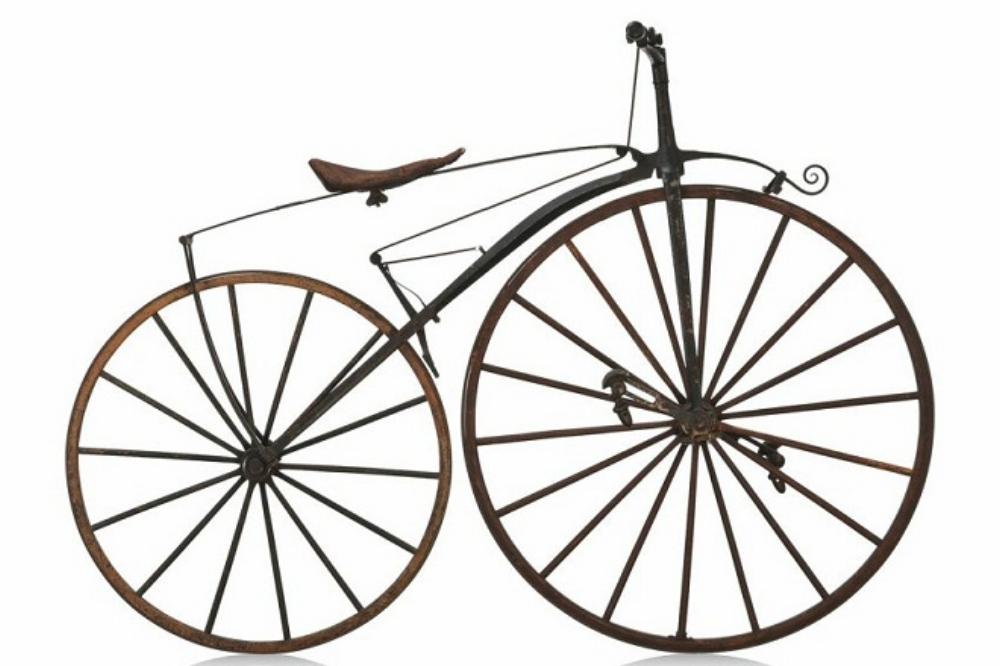 1861: Pierre Michaux phát minh ra bàn đạp, khởi đầu cho bước nhảy vọt của kỹ thuật xe đạp.