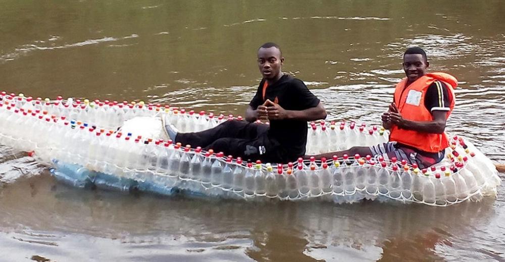 plastic-bottle-boat-1020x530.jpg