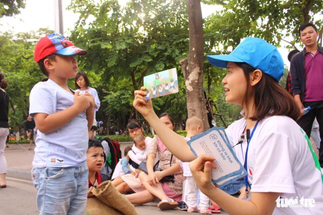Trẻ em được học bài học khi có thảm họa thiên tai xảy ra - ẢNH: HÀ THANH