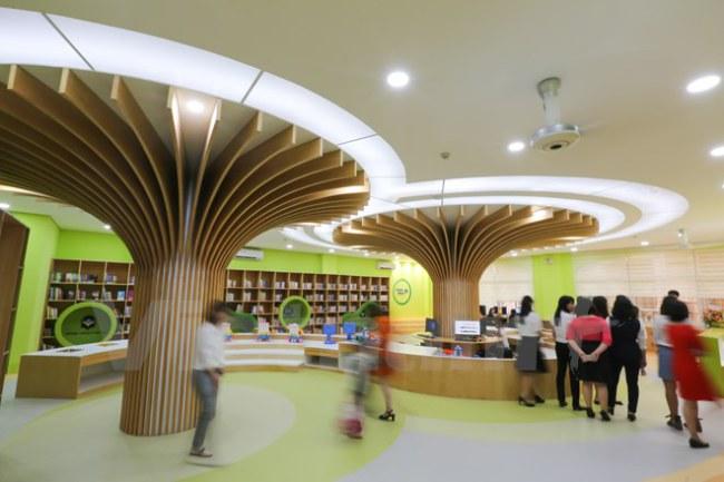 Lần đầu tiên, thiếu nhi Việt Nam sẽ có cơ hội trải nghiệm văn hóa đặc biệt trong không gian một thư viện văn hóa đa ngôn ngữ dành riêng cho lứa tuổi từ 3-13. (Ảnh: Minh Sơn/Vietnam+)