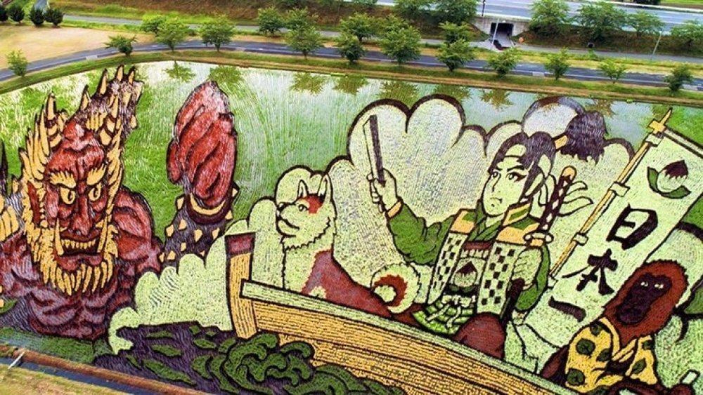 Thật khó có thể tưởng tượng được rằng bức tranh tuyệt mỹ này lại được tạo nên từ lúa gạo.