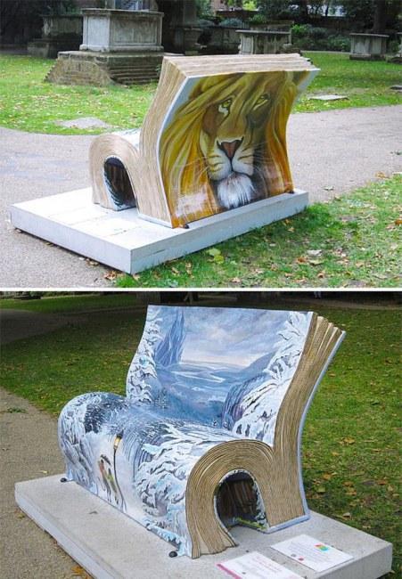 Ảnh: Chiếc ghế độc đáo dành cho tín đồ mê đọc sách tại công viên ở thủ đô London (Anh).