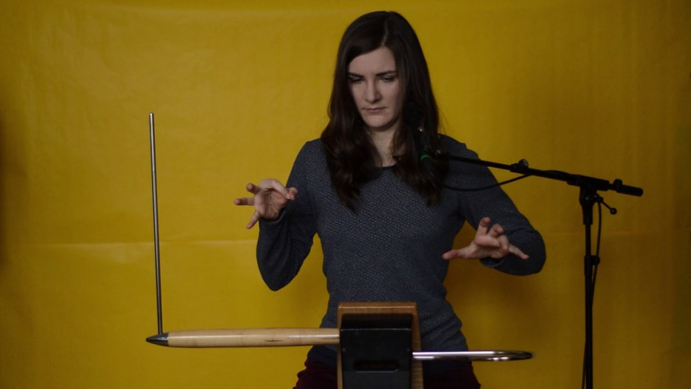 3. Theremin (hay Aetherphone) -