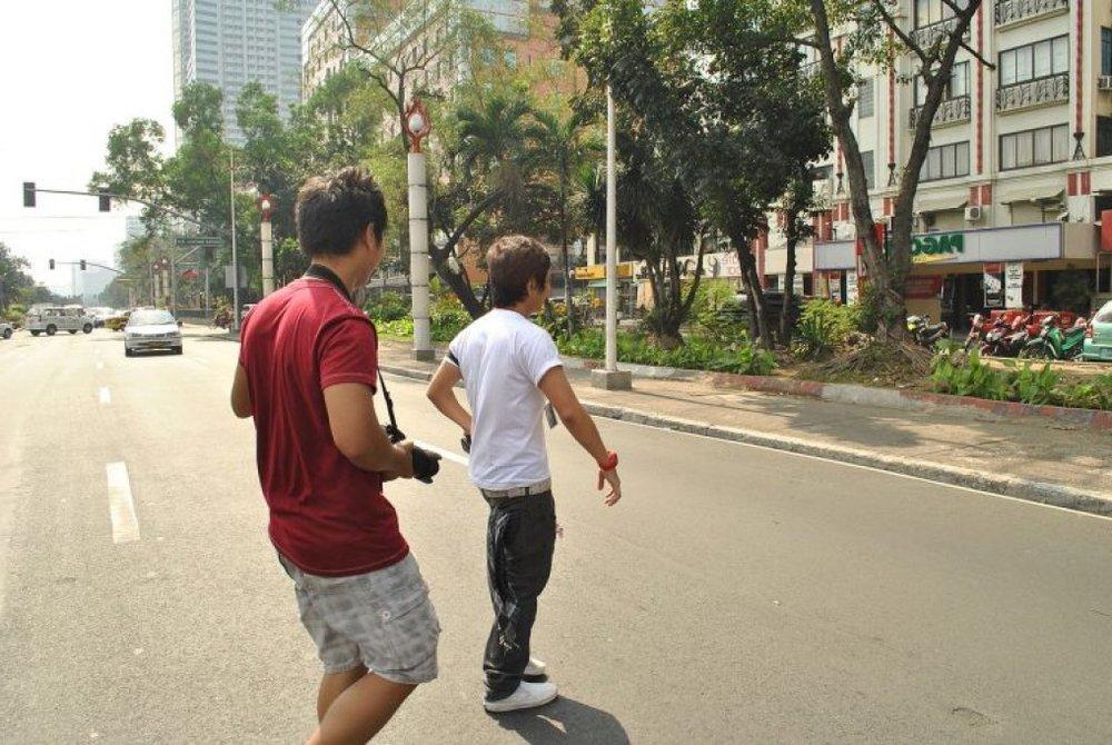 jaywalking-750x502.jpg