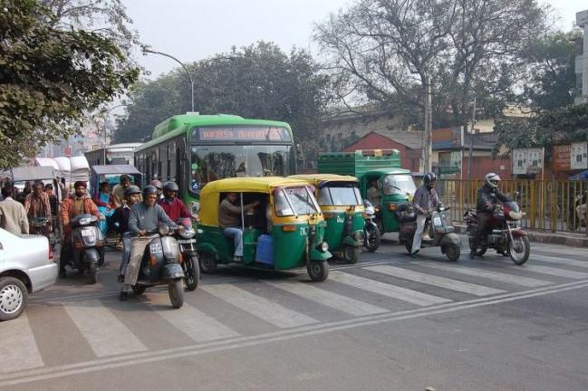 - Das, người quyết tâm theo đuổi lý tưởng của mình ngay cả trong những chuyến đi dài đến Darjeeling hoặc Sikkim, hy vọng một ngày nào đó Kolkata sẽ trở thành một