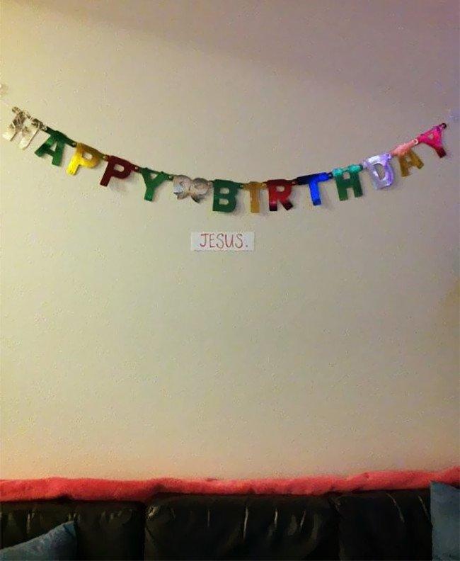 Không phải là lười đâu, chẳng qua là hôm qua vừa sinh nhật mình thôi mà.