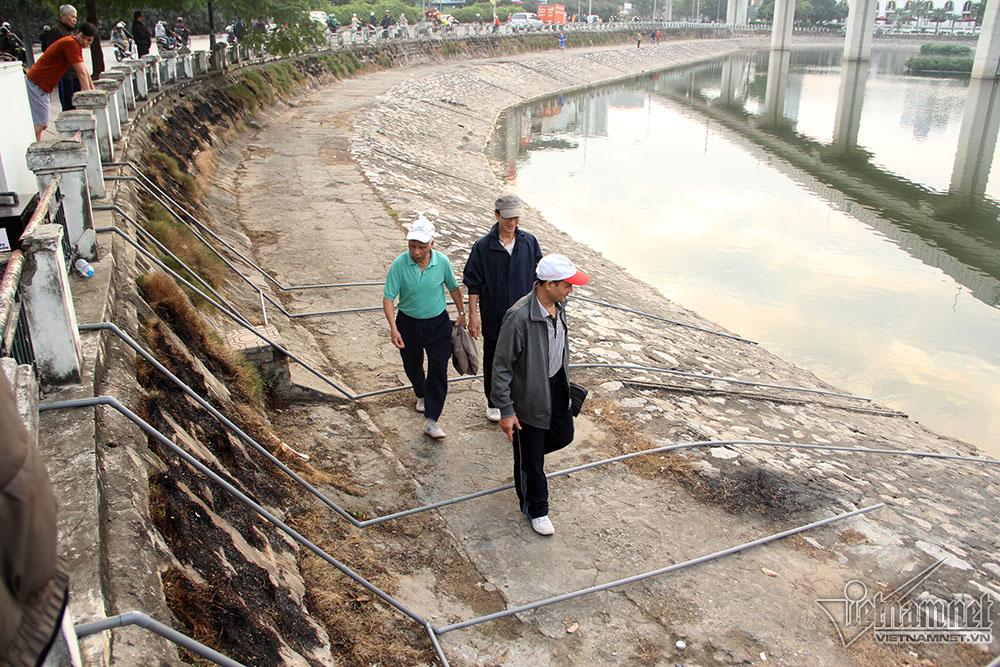 Hệ thống ống nước nối hồ với máy tập trung nhiều người qua lại có thể gây hư hỏng đường ống