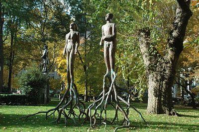 Người cây – tác phẩm của nghệ sĩ Gwyneth Leech đặt tại công viên Madison Square, Mỹ