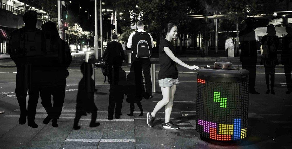 Vừa bỏ rác vừa chơi xếp hình Tetris -