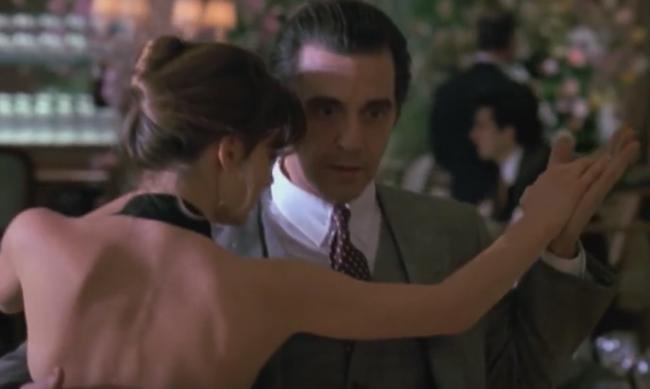 Hình ảnh nam tính và lịch lãm của Al Pacino với kiểu cà vạt Windsor trong Scent of a woman