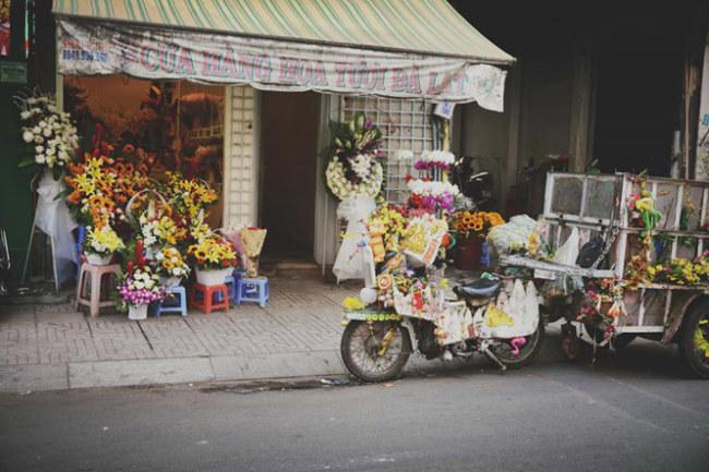 Chiếc xe rực rỡ chẳng kém gì cửa hàng hoa.