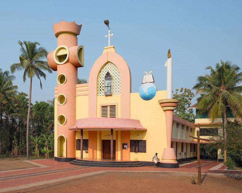 Nhà thờ đầu tiên được chụp trong chùm ảnh tại Kerala