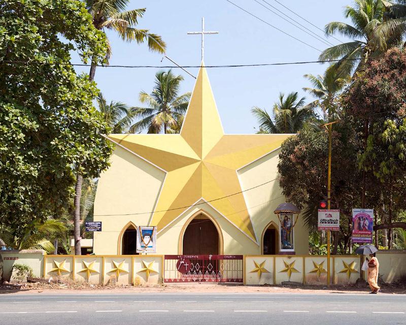 Nhà thờ St Joseph tại Thuravoor, Kerala