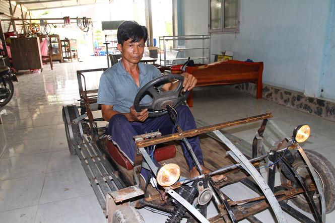 Chiếc xe thứ 2 của ông Quang ra đời tiếp theo sau .