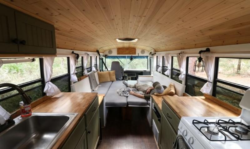 Tuy diện tích nhỏ nhưng ngôi nhà này đầy đủ tiện nghi cần thiết cho một cuộc sống thoải mái.