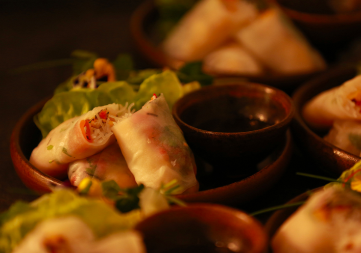 Vietnamese spring rolls with yuzu & Ginger dipping sauce