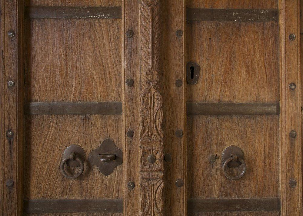 Mehrab Door