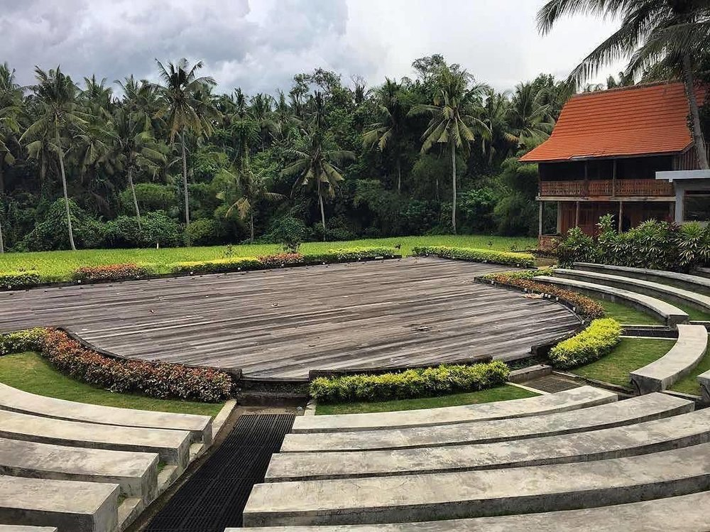 Super volunteer @olielle snapped our stage-to-be yesterday. Can't wait to see it come together. #tedxubud #underthestars #tedx  http://ift.tt/2qndxXm