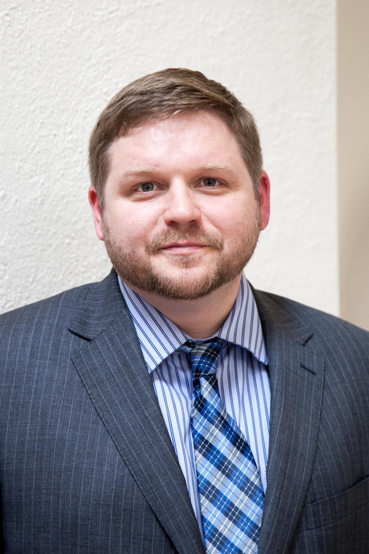 ROBERT FITZMAURICE    ASSOCIATE DIRECTOR    ROBERT.FITZMAURICE@CSCONSULTING.IE