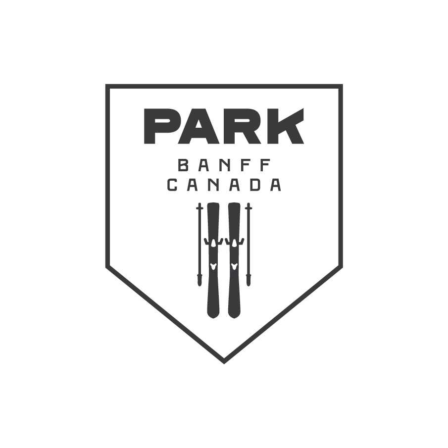 Park Crest Black Ski Logo Badge.png