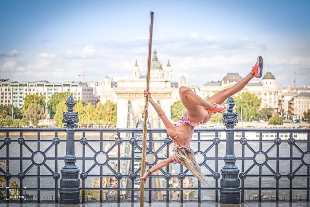 Budapest pole dance tour
