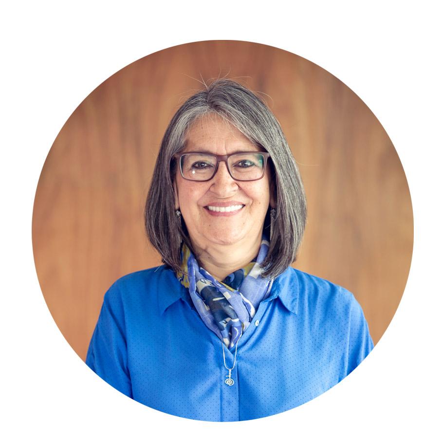 Nohra Vazquez  Organizadora - Traductora