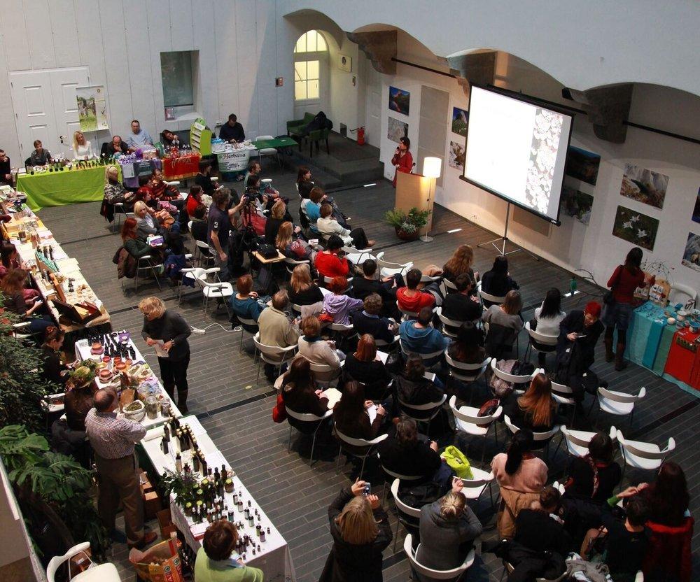 Aroma simpozij - Mednarodna aromaterapevtska konferenca