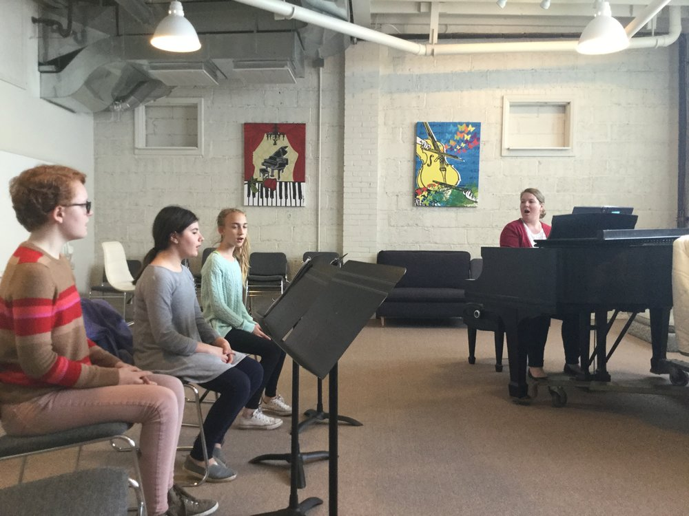 Youth Voices Spring Singers rehearse in Sewickley