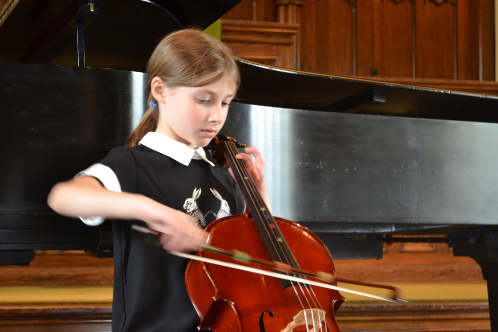 Claudia Drake performs at the Solo Recital