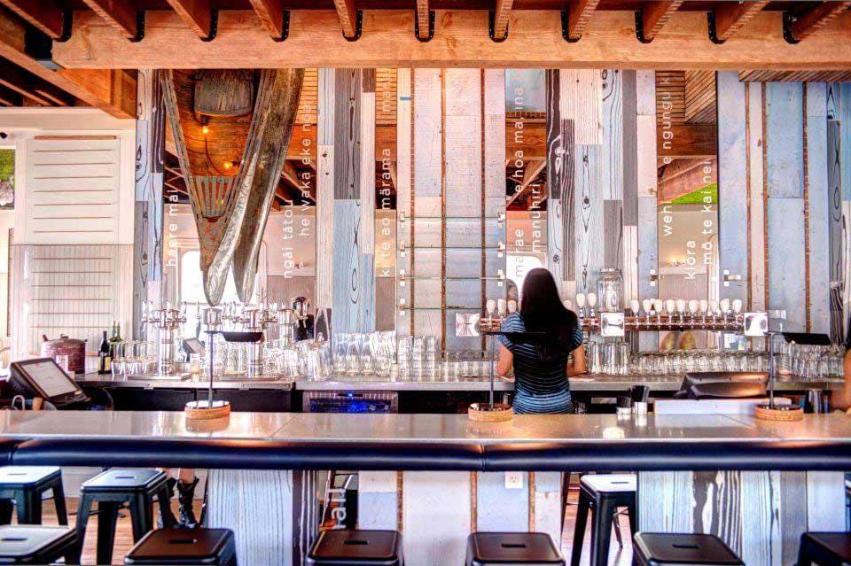 Queenstown-public-house-bar.jpg