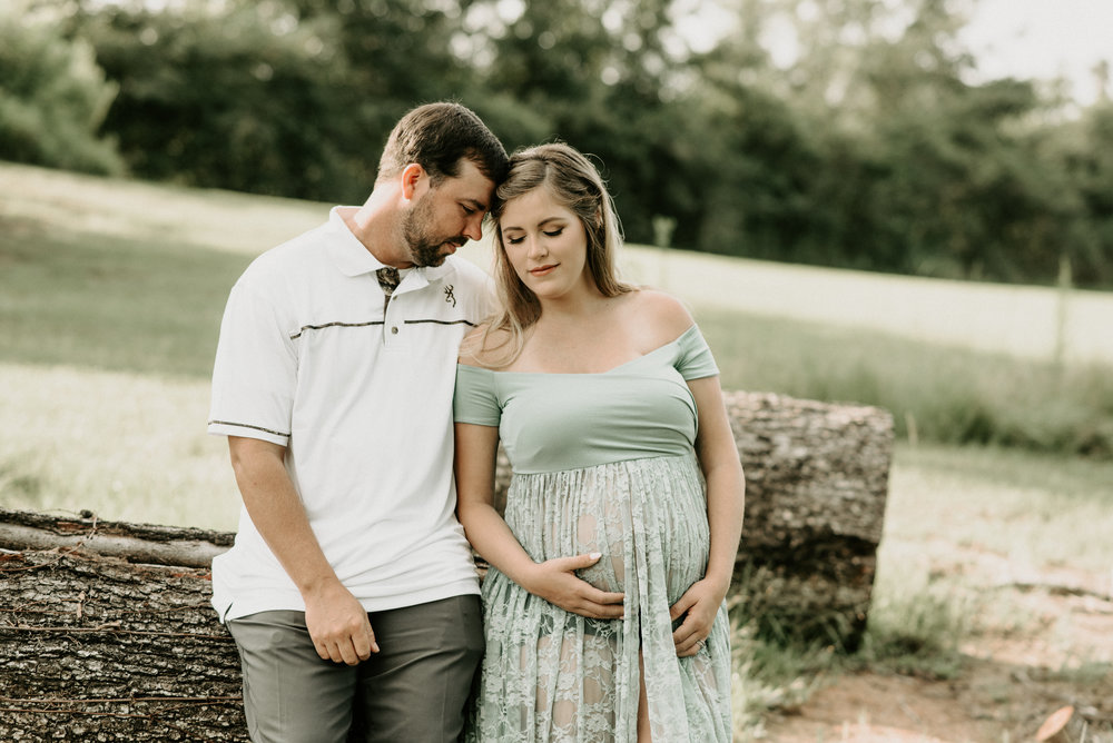 Swamp, Rustic, Sunrise Maternity Session at La Maison De Bella in Baton Rouge, Photographed by Magnolia + Grace Photography located in Denham Springs, Louisiana