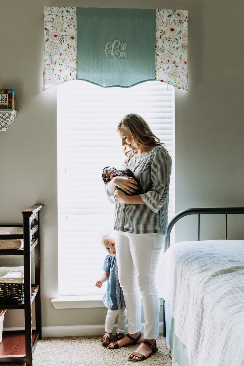 In Home Lifestyle Newborn Session in Denham Springs, Louisiana photographed by Magnolia and Grace Photography, a Baton Rouge Photographer.