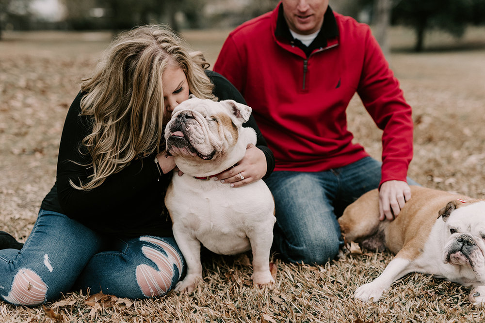 New Orleans, Louisiana Engagement Session at Lafreniere Park. Photographed by Baton Rouge Wedding Photographer, Magnolia and Grace Photography.
